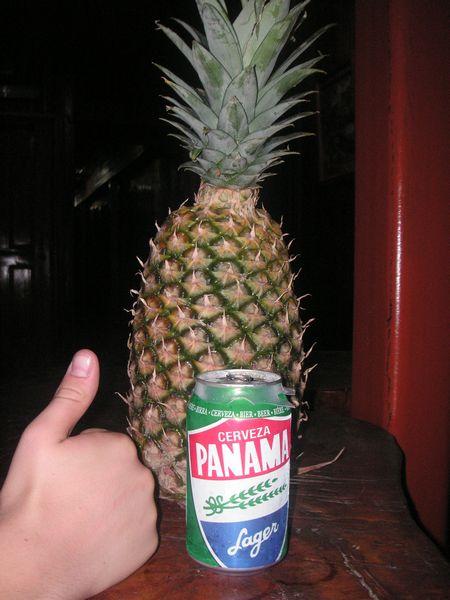 Cerveza Panama und Ananas