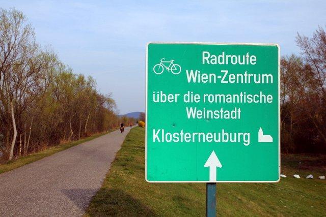 Beschilderung Donauradweg