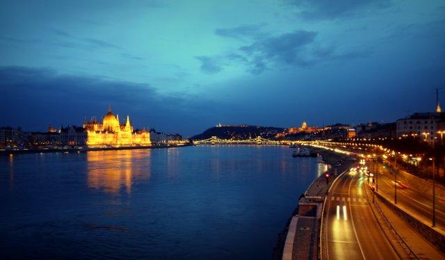 Budapest in der Dämmerung