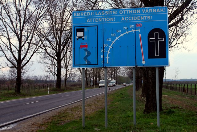 90 km/h = tot