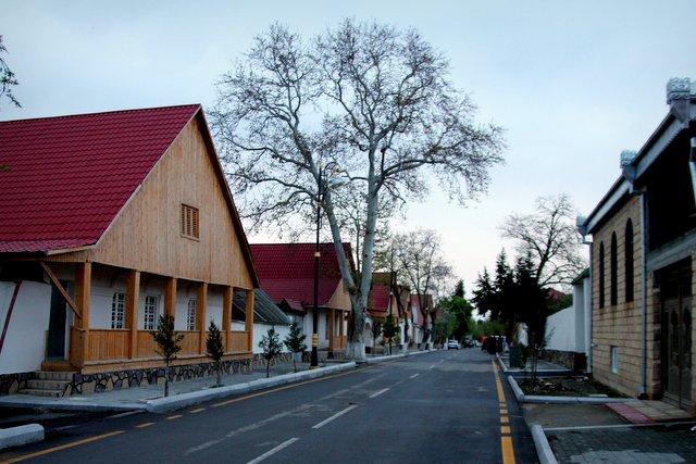 Zu Besuch in Göygöl, einer von deutschen Siedlern in Aserbaidschan gegründeten Stadt.