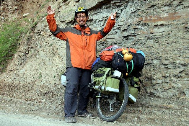 Cheng Xiang Hai, ein chinesischer Reiseradler, der vor acht Monaten in Tibet gestartet ist.