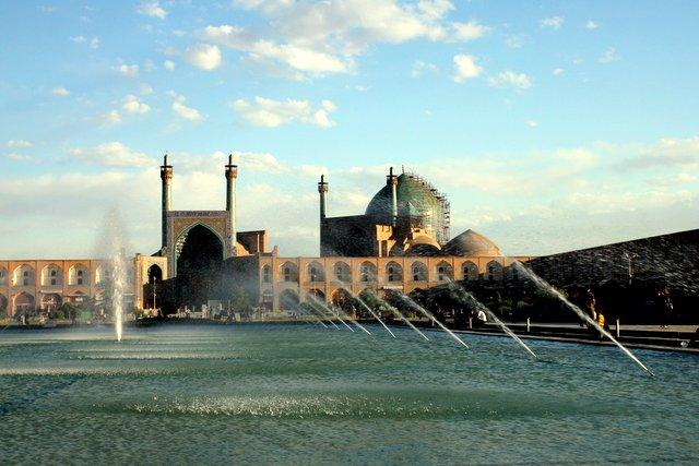 Der riesige Platz des Imams.